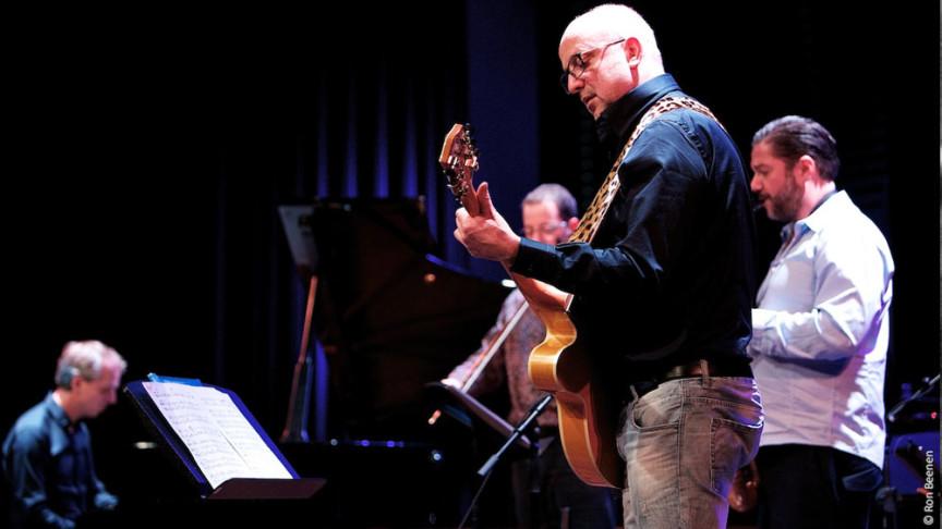 Estafest plays Chime photo Ron Beenen